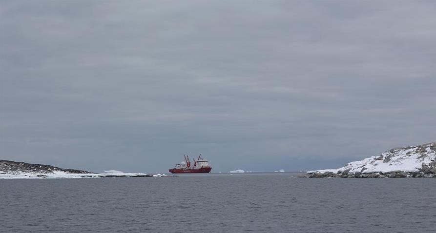 中澳南极科考合作 运送392吨物资抵达凯西站
